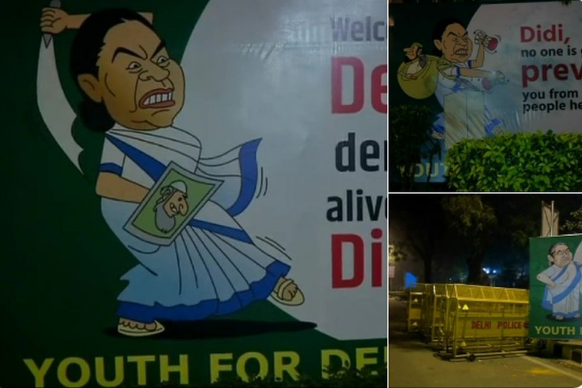 'Welcome To Delhi, Where Democracy Is Alive And Kicking', Say Posters Welcoming Mamata To Delhi
