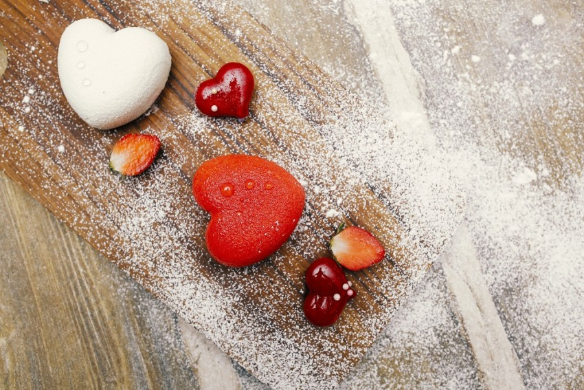 This Valentine's Day Woo Your Partner With These Healthy Treats