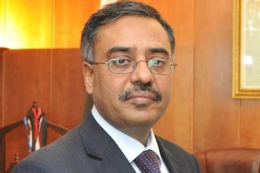 In Tit-For-Tat, Pakistan Calls Back Envoy From India For 'Consultations'