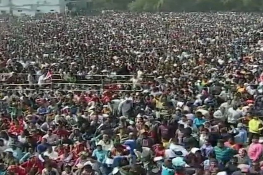 Stampede-Like Situation At Modi's Rally, Several Injured