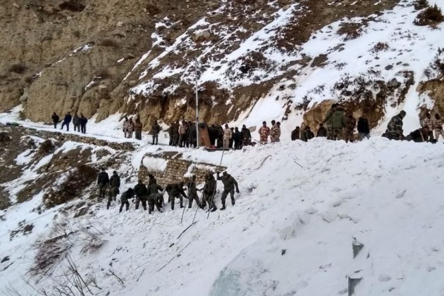 6 Army Jawans Feared Dead In Avalanche In Himachal's Kinnaur