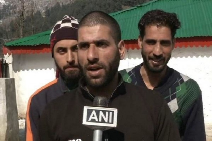 After Pulwama Terror Attack, 2,500 Kashmiri Youth Apply For 111 Vacancies In Army