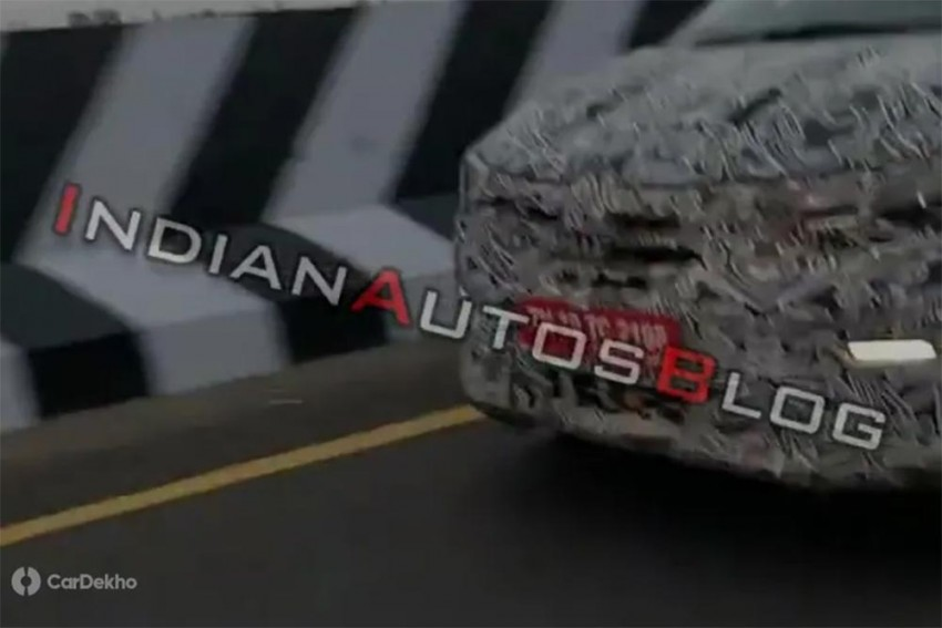 Renault Kwid-Based MPV Spied Again; Gets LED DRLs