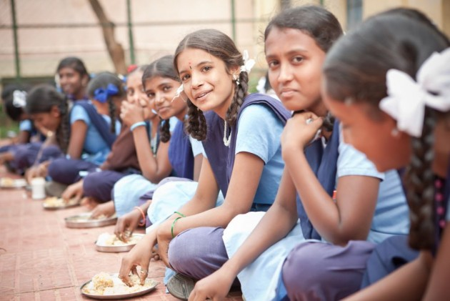 Akshaya Patra Foundation: Story Behind The Three Billionth Meal