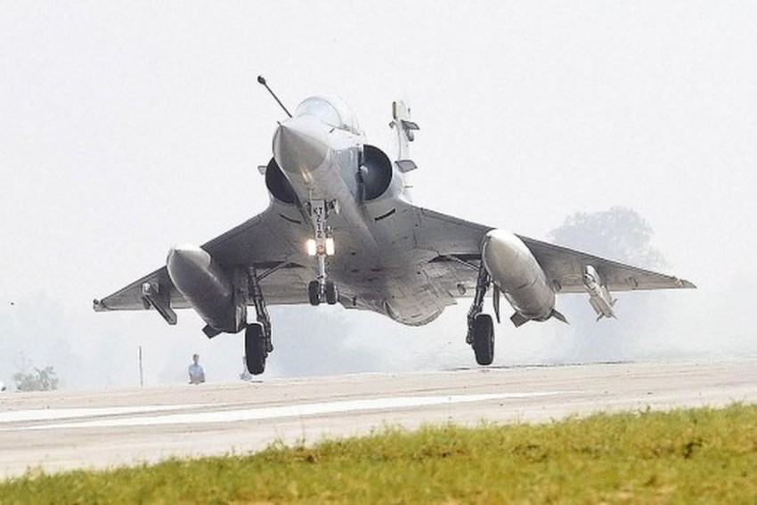 Indian Air Force Jets Drop 1000 Kg Bombs Across LoC, Destroy Biggest Jaish Camp In Balakot
