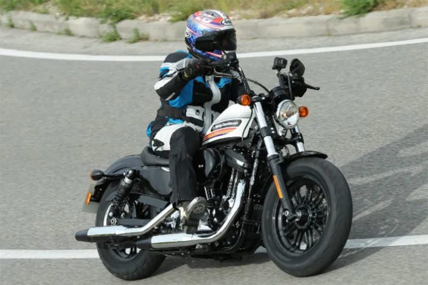 Harley-Davidson To Launch 2019 Forty-Eight Special And Street Glide Special on March 14