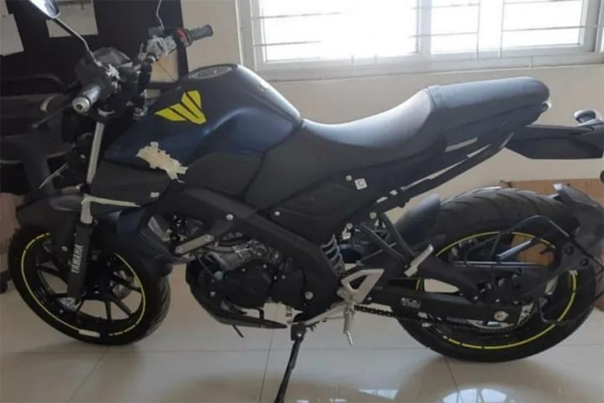 Yamaha MT-15 Matte Blue Photos: Spotted In India