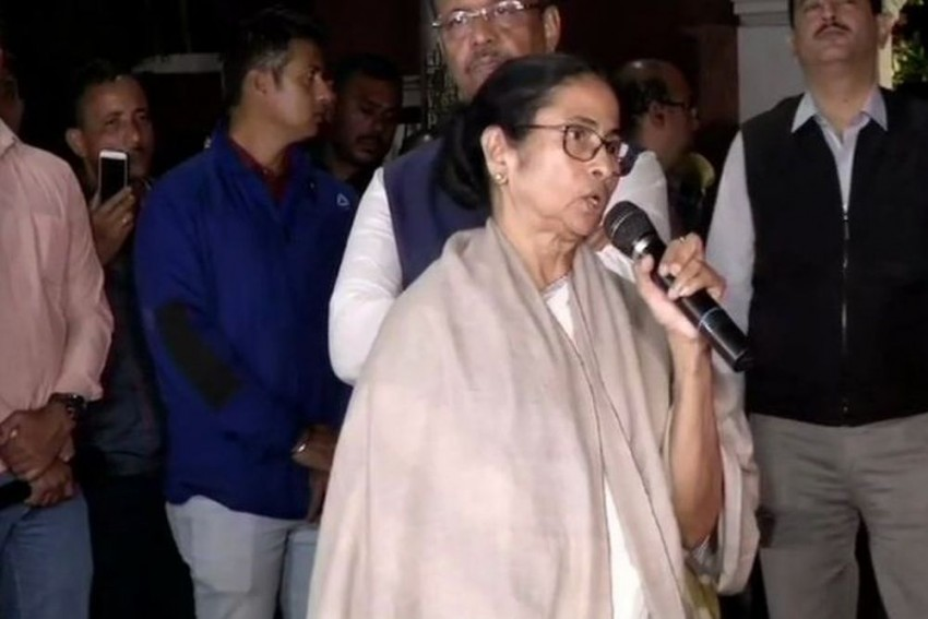 Modi-Shah Trying To Organise Coup In Bengal, Says Mamata Over Kolkata Police Commissioner-CBI Row