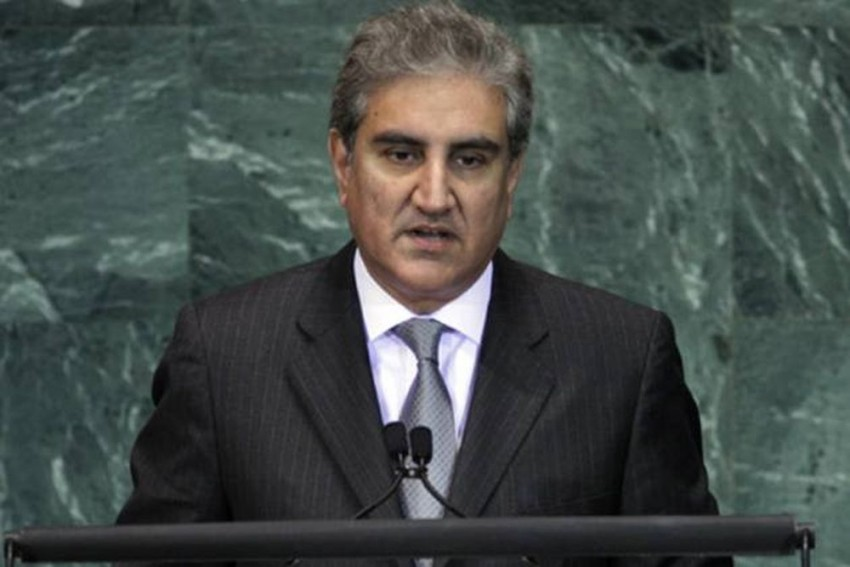 Pak Foreign Minister Qureshi Calls Up Kashmiri Separatist Leader Geelani Ahead Of PM Modi's Visit To The State