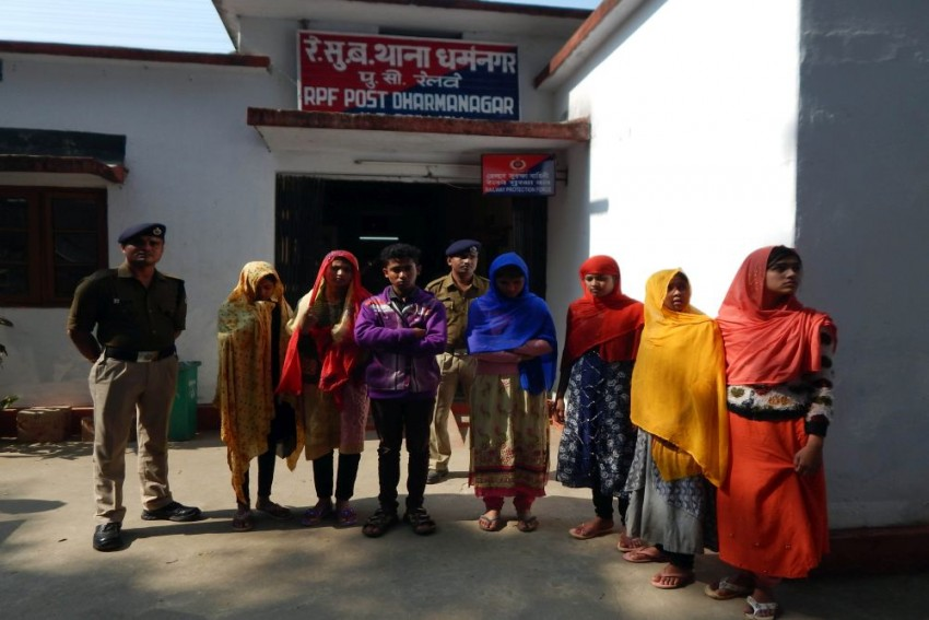 7 Assam-Bound Rohingya Muslim Children Arrested In Tripura
