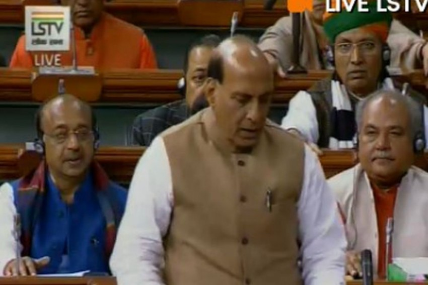 Kolkata Police-CBI face-off: There May Be Constitutional Breakdown In West Bengal, Says Rajnath Singh