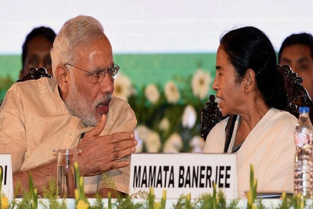 Ponzi Politics: CBI Drama In Kolkata Is Pre-Election Posturing, And Mamata Played It Well