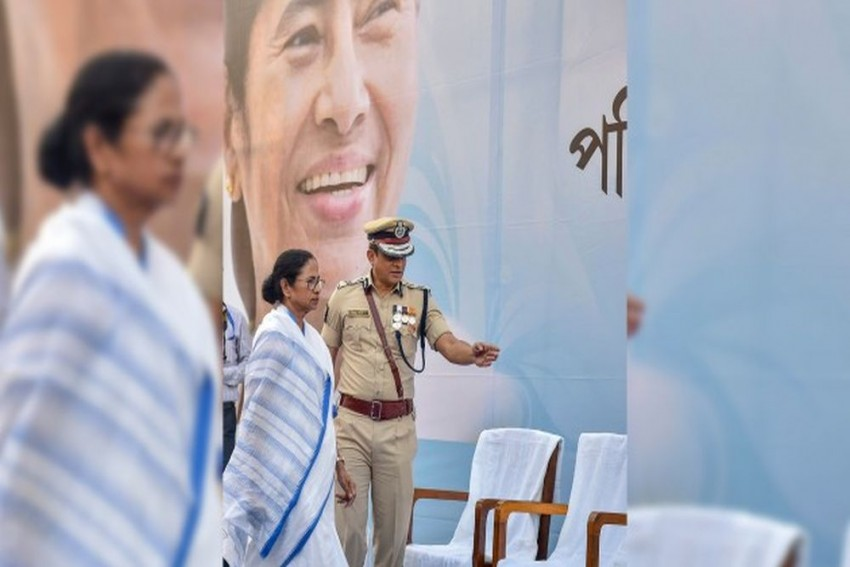 Centre Asks Bengal Govt To Initiate Disciplinary Proceedings Against Kolkata Police Chief
