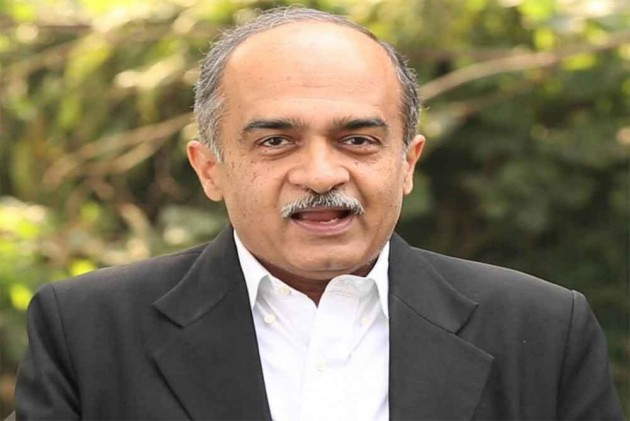SC Issues Contempt Notice To Prashant Bhushan Over Comments On Appointment Of CBI Chief