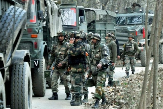 Encounter Breaks Out In J&K's Pulwama District