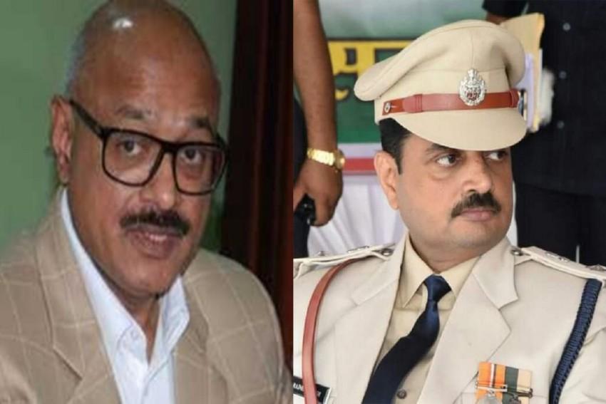 DGP Mukesh Gupta, SP Rajnesh Singh Booked In Chhattisgarh Illegal Phone Tapping Case