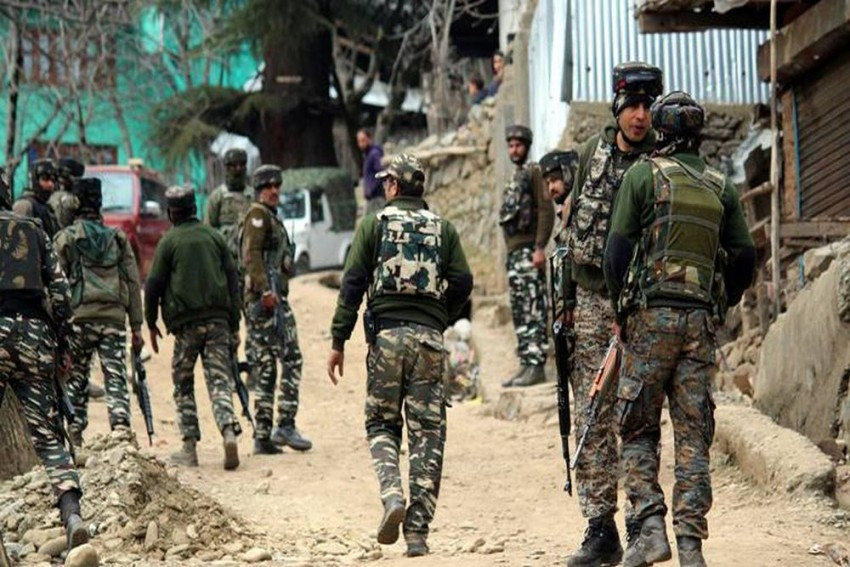 5 Security Personnel Killed In Encounter With Terrorists In J&K's Kupwara
