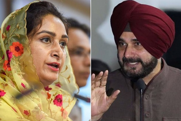 Union Minister Harsimrat Kaur Badal Slams Navjot Singh Sidhu, Calls Him A Pakistani Agent