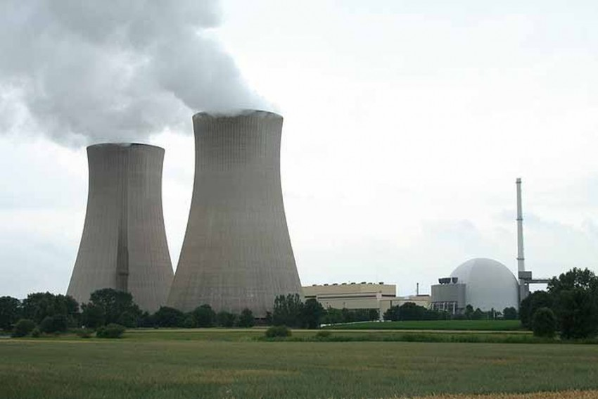 India, US Sign Deal To Build Six Nuclear Power Plants In India