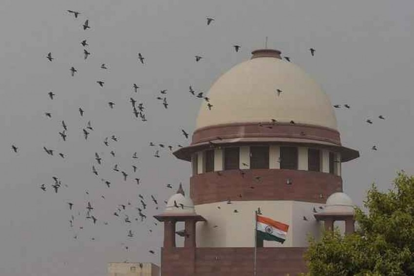 SC Seeks EC's Response Over Opposition Plea On Audit Of EVMs