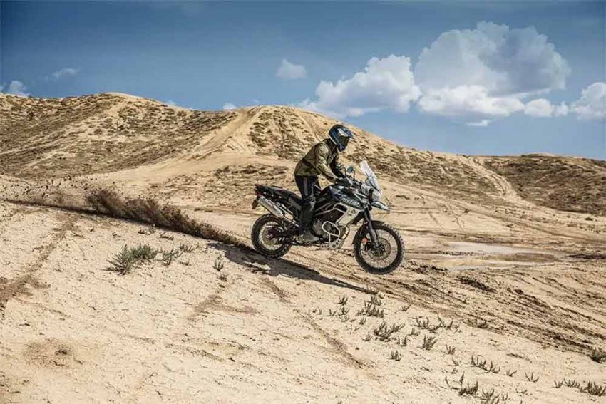 Triumph Tiger 800 XCa vs XCx: What More Do You Get?