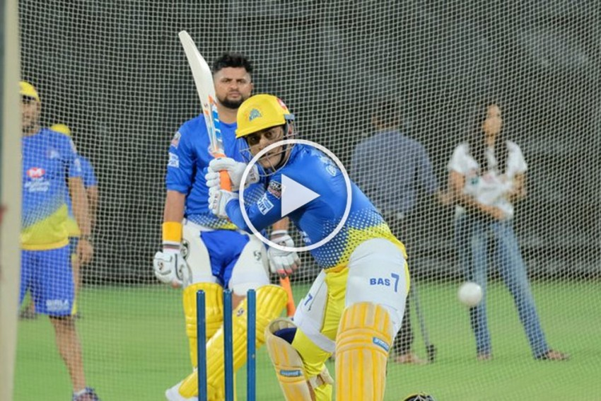 IPL 2019: MS Dhoni Looks In Ominous Form As Chennai Super Kings Hit Nets – Photos & Videos