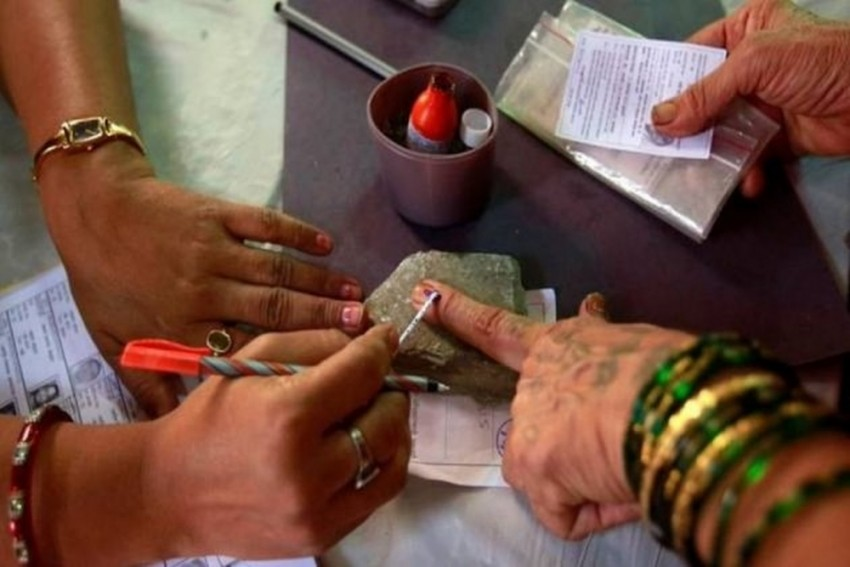 Nomination Process For Lok Sabha Polls Begings As EC Issues Notification For 1st Phase