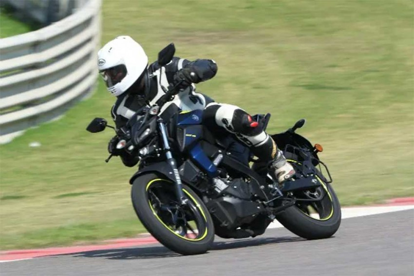 Top 5 Motorcycle News Of The Week: Yamaha MT-15 Launched, New Royal Enfield Bike Teased, Jawa Delivery Dates Announced, Hero Xpulse 200T Spotted And More!