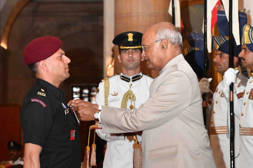 President Kovind Confers Gallantry Awards On Armed Forces Personnel