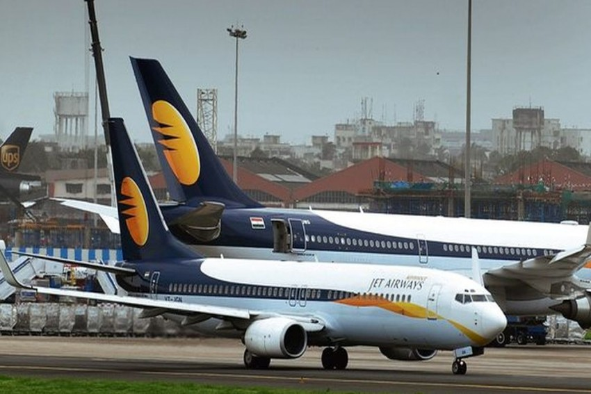 Pay Salaries Or We Will Stop Flying From April 1: Pilots To Jet Airways