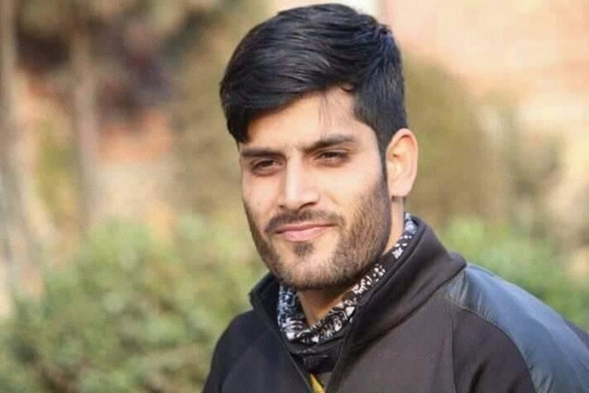 Jammu And Kashmir: Pulwama Youth Dies In Police Custody