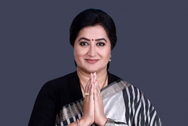 Sumalatha's Political Plunge Has Put Congress-JD(S) In A Conundrum In Mandya