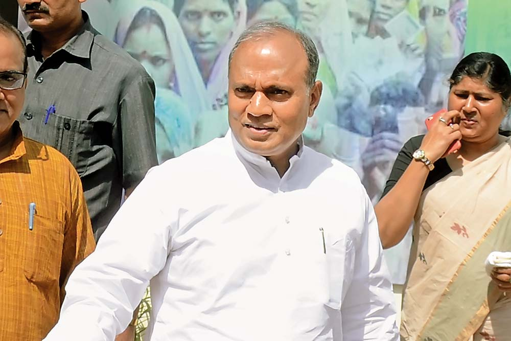 India's Chanakyas   Nitish Kumar's Most Valuable Person In Bihar Has Ram And Chandra In His Name