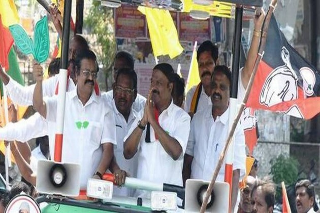 Paid Holiday, Rs. 1 Cr Cash, Bullet Motorcycles... How Candidates Are Winning Party Workers In TN