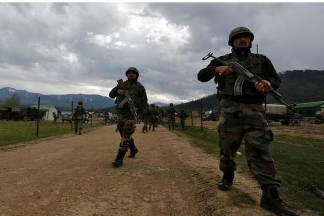Pakistan Breaks Two-Day Lull Along LoC In J&K, Ceasefire