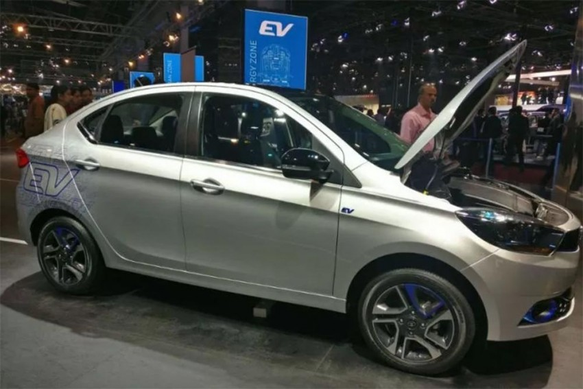 Delhi Gets 25 New Electric Car Fast Chargers