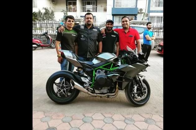 Indias Only 2019 Kawasaki Ninja H2r Has Been Delivered