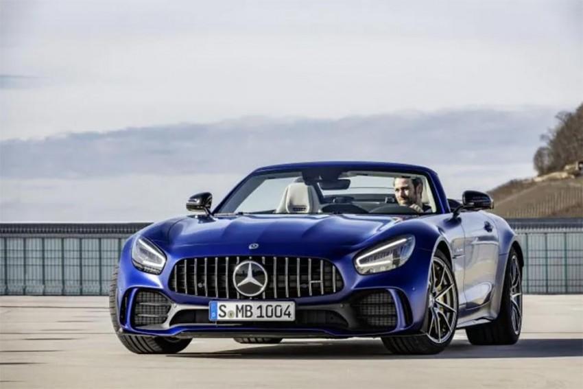 Mercedes AMG GTR Roadster Unveiled Ahead of Geneva Debut
