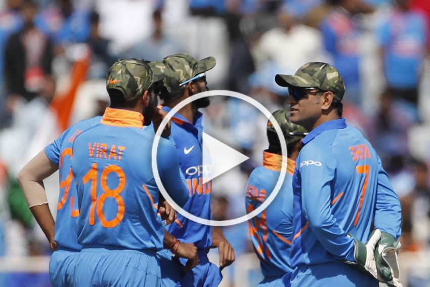 WATCH: Lt Col MS Dhoni Presents Army Caps To Indian Teammates