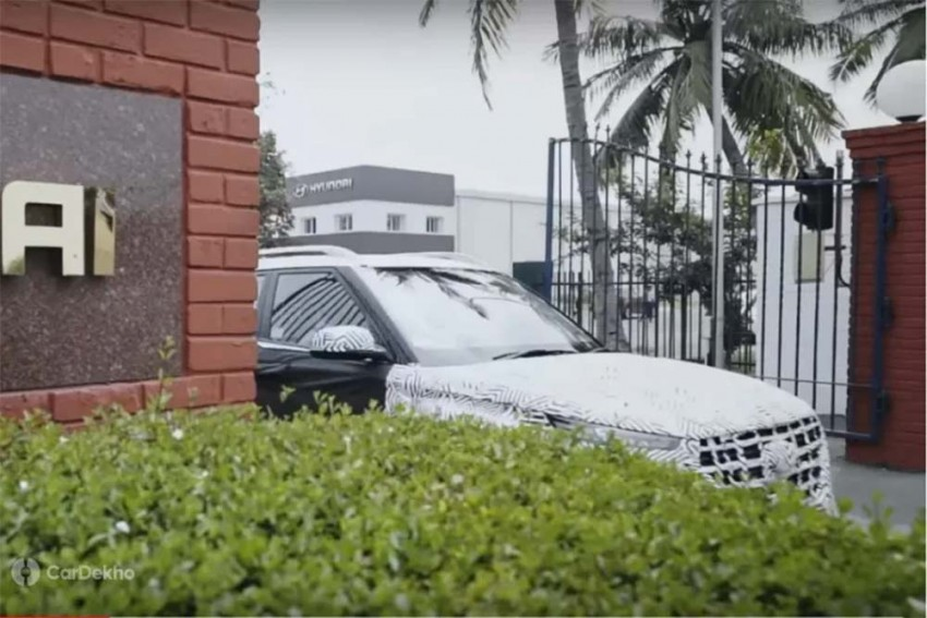 Hyundai Venue SUV To Feature eSIM, Connected Tech & More