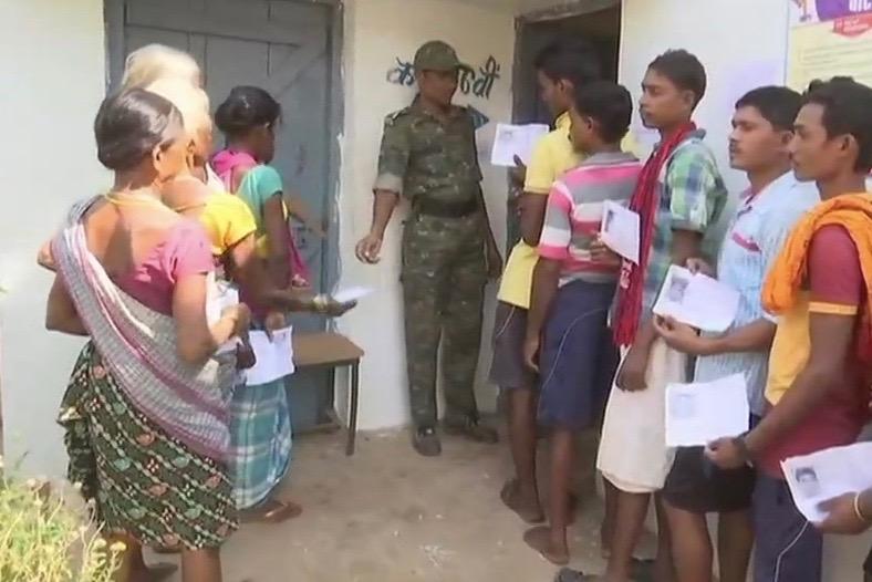 4 Maoists Held With Firearms In Chhattisgarh As Polling On In Bastar