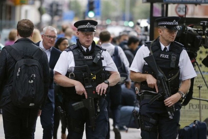 UK Police Arrest 4 Men From Sri Lanka For Suspected Extremist Links