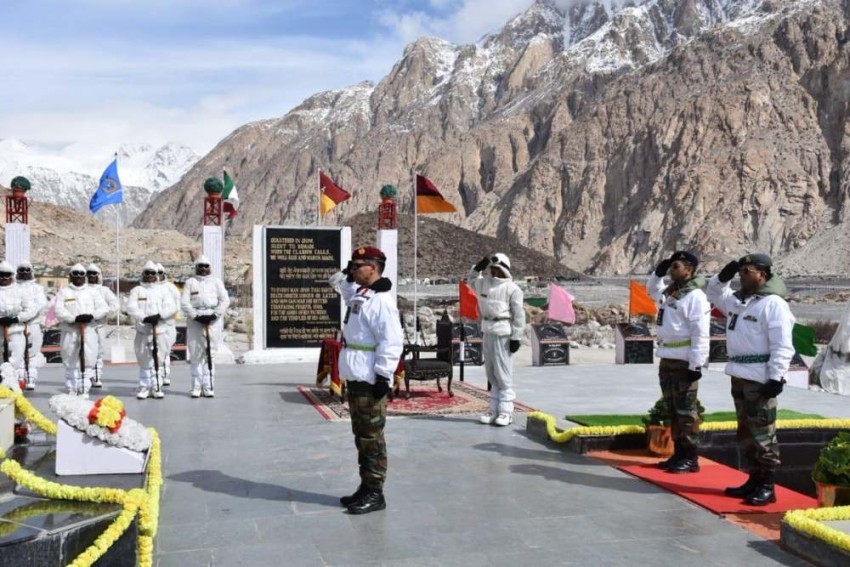 Nation Remembers Heroes On 35th Siachen Day