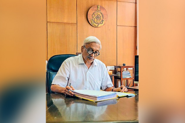 Goa Priest Says Manohar Parrikar Suffered From Cancer As 'Wrath of God', Probe Ordered