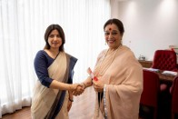 Shatrughan Sinha's Wife Poonam Sinha Joins Samajwadi Party, Likely To Contest Against Rajnath Singh From Lucknow