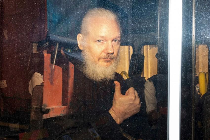 Hit By 40 Million Cyber-Attacks Since Julian Assange's Arrest: Ecuador
