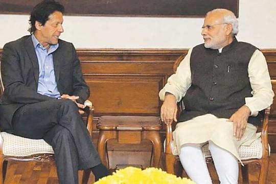 Imran Khan's Remarks A Poll-Time 'Reverse Swing'