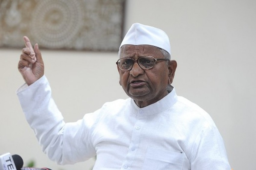 Anna Hazare Voices Concern Over Political Parties Wanting To Come To Power By 'Hook Or Crook'