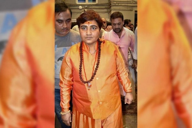 EC Issues Notice To Sadhvi Pragya On Her Remarks Against Hemant Karkare