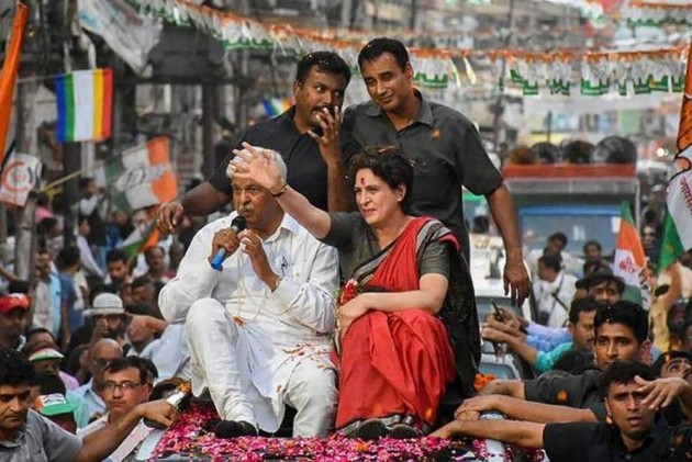 Priyanka Gandhi, Smriti Irani To Hold Rallies In Wayanad Today